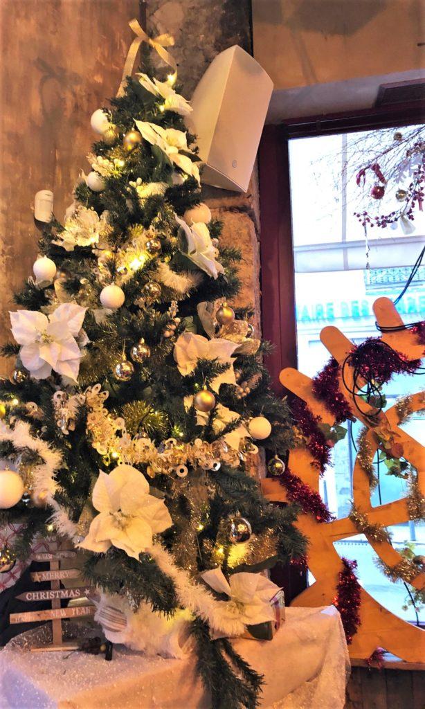 Décoration éphémère restaurant boutique, Noël,Pauline Rudolf, Architecte d'intérieur, région de Lyon