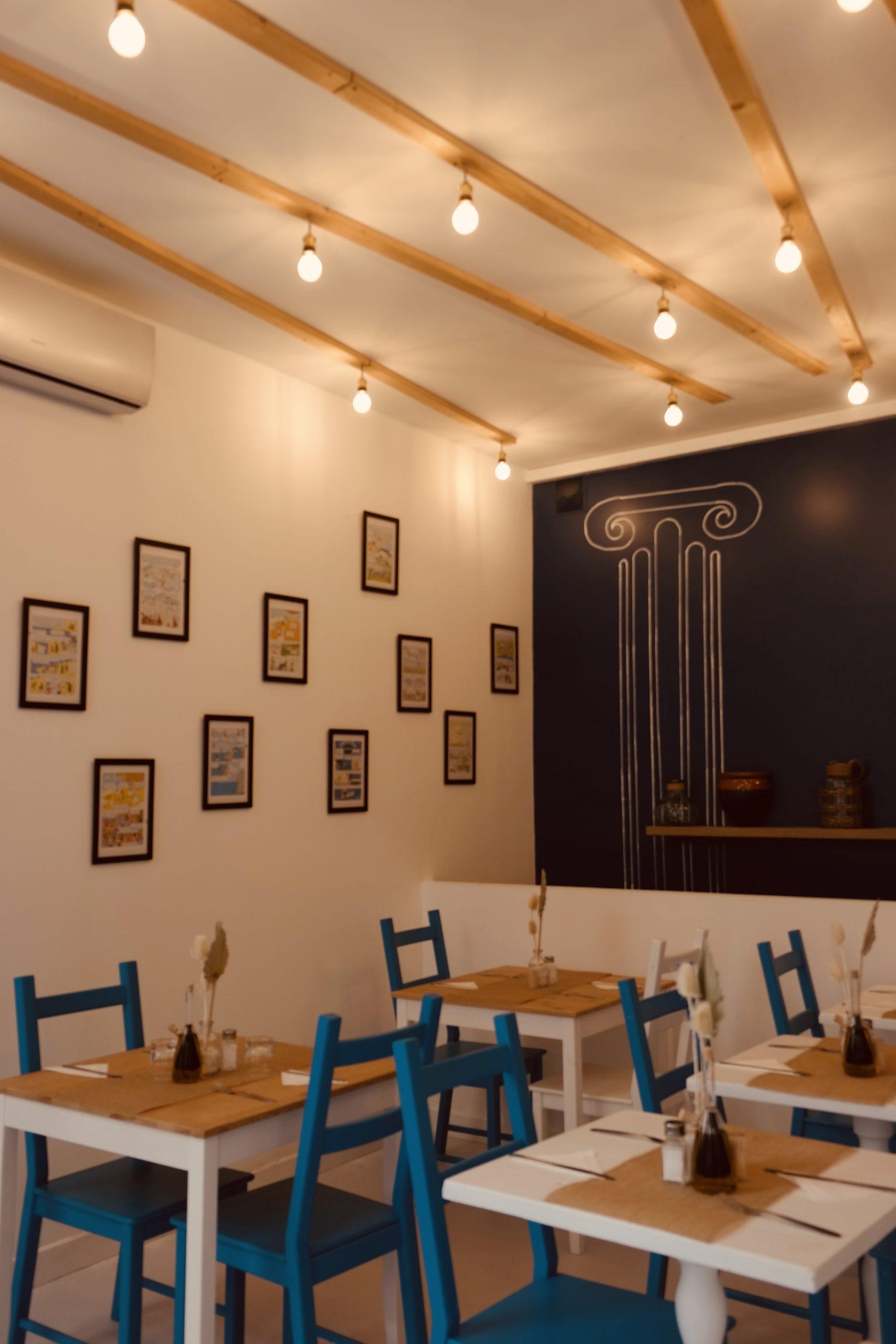 Restaurant grec, aménagement intérieur professionnel, décoration, réalisation, Pauline Rudolf, Architecte d'intérieur, région de Lyon