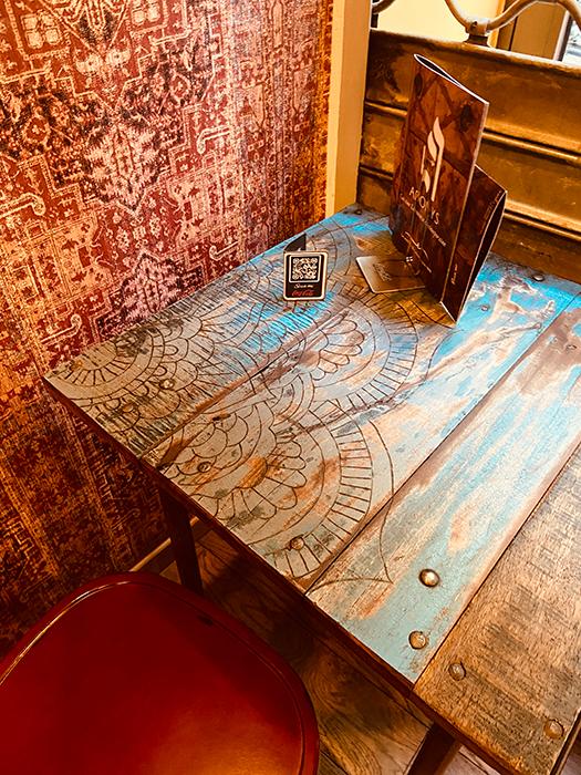 Amenagement décoration colorée salle 2, Adonys, restaurant libanais lyon