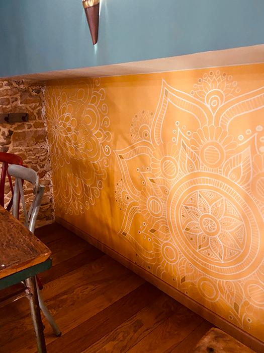 Decoration murale orientale salle étage, Adonys, restaurant libanais lyon